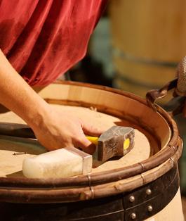 vin-provence-vieilli-fut-chene-coteaux-aix-red-wine-oakbois vin rouge vinification vins de provence oenologie tonneaux de vin