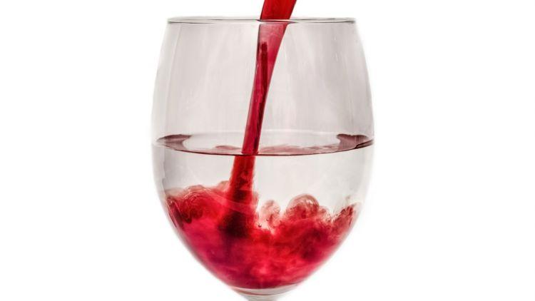 mettre de l eau dans son vin